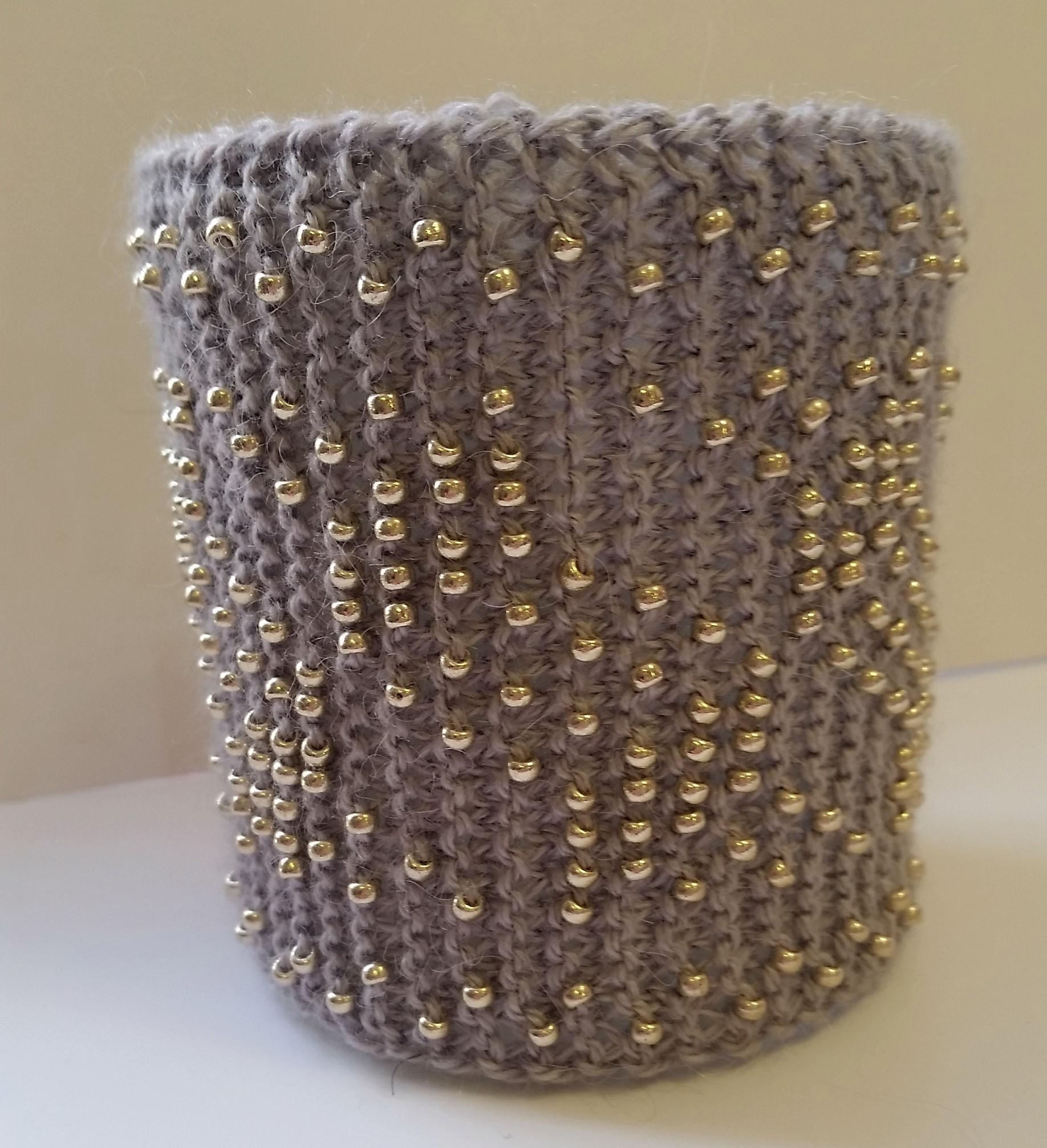 Free Beaded cuff instructions
