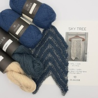 Isager Yarns SKY TREE scarf kit in cream and blue