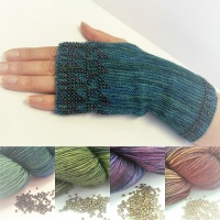 Knitting kit - Fingerless gloves with beaded pattern - Solis blue