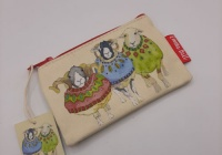 WOOLLY SHEEP IN SWEATERS ZIPPED PURSE