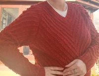 Pearls Jumper kit by Isager size M red
