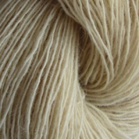 Isager yarns Spinni  100g skeins - sand