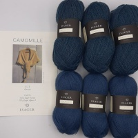 Isager Yarns knitted shawl kit CAMOMILLE - french blue